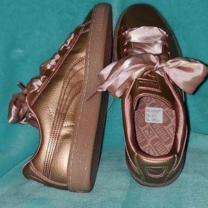 Puma Women's Basket Heart Copper Sneakers